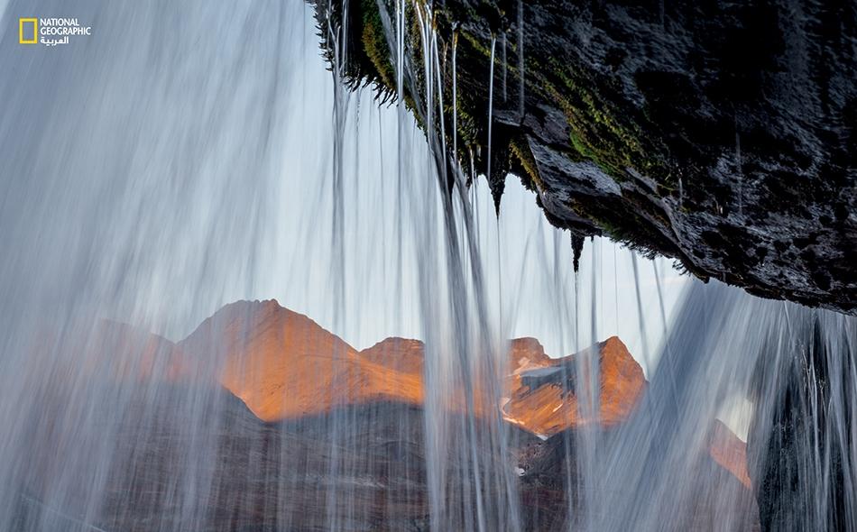 تكشف منطقة لابونيا عنها رداء الثلج والجليد خلال أشهر الصيف الدافئة، داعيةً سكان المدن للاستمتاع بجمال الدائرة القطبية الشمالية وهدوء المنطقة الساحر. إيرلند هاربرغ