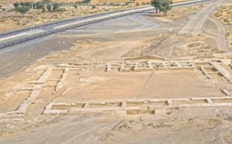 مكتشفات أثرية في منطقة مليحة بالشارقة (وام).