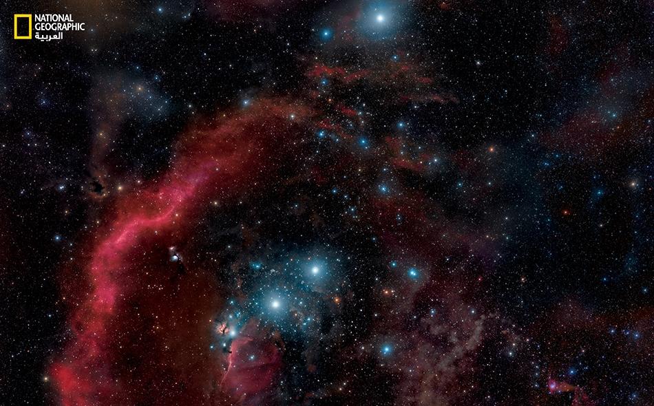 """""""بيطيلغوس"""" (Betelgeuse) هو الاسم الإنجليزي الرسمي للنجم أعلاه، وهو مشتق من العبارة العربية (إبط الجوزاء). لكن له أسماء كثيرة، نذكر منها: المرزم (عربية) أردرا (سنسكريتية) Bed Elgeuze (تهجئة مختلفة لكلمة Betelgeuse) Betel'gejze (تهجئة مختلفة لكلمة..."""