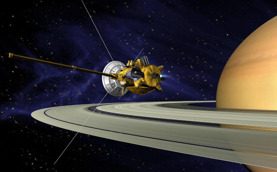 """جمعت المركبة الفضائية """"كاسيني"""" 450 ألف صورة وبيانات حجمها 635 غيغابايت منذ بداية دورانها حول زحل وأقماره المعروفة، وعددها 62 ، في يوليو عام 2004."""
