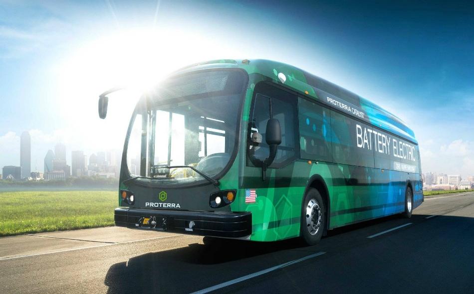 بدأت شركات الحافلات والشاحنات في طرح نماذج كهربائية نمطية لمركبات خفيفة ومتوسطة. الصورة: Thedrive.com