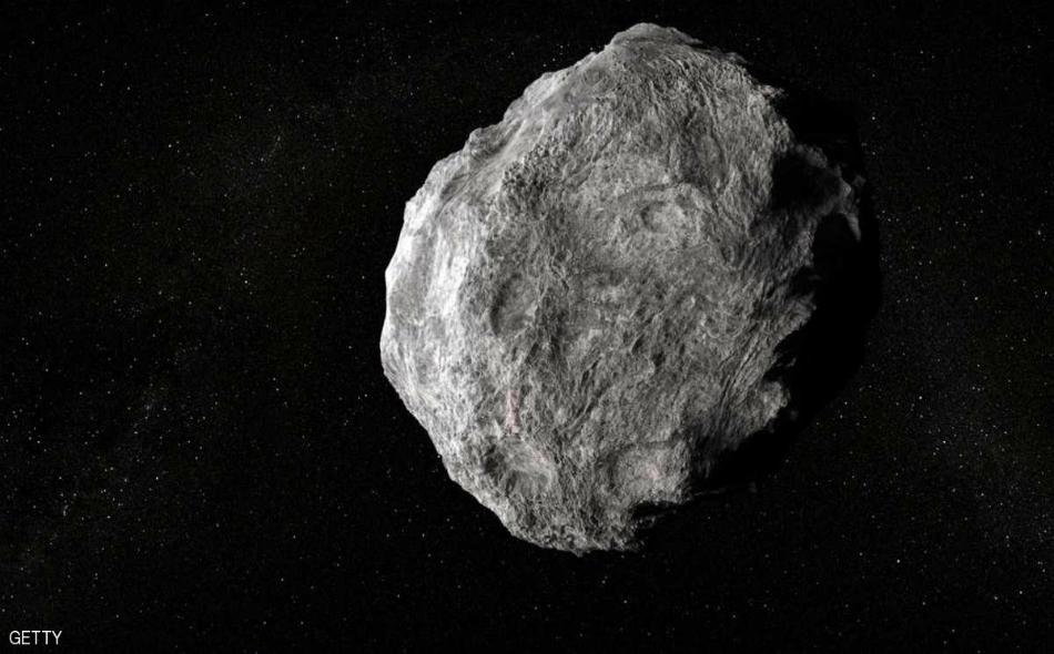 """ برز هذا الجسم البالغ قطره 400 متر أمام العلماء بسبب مداره حيث جاء من اتجاه مجموعة كواكب """"ليرا"""" التي تقع مباشرة فوق المجرة البيضاوية حيث تدور الكواكب وغيرها من الكويكبات حول الشمس."""