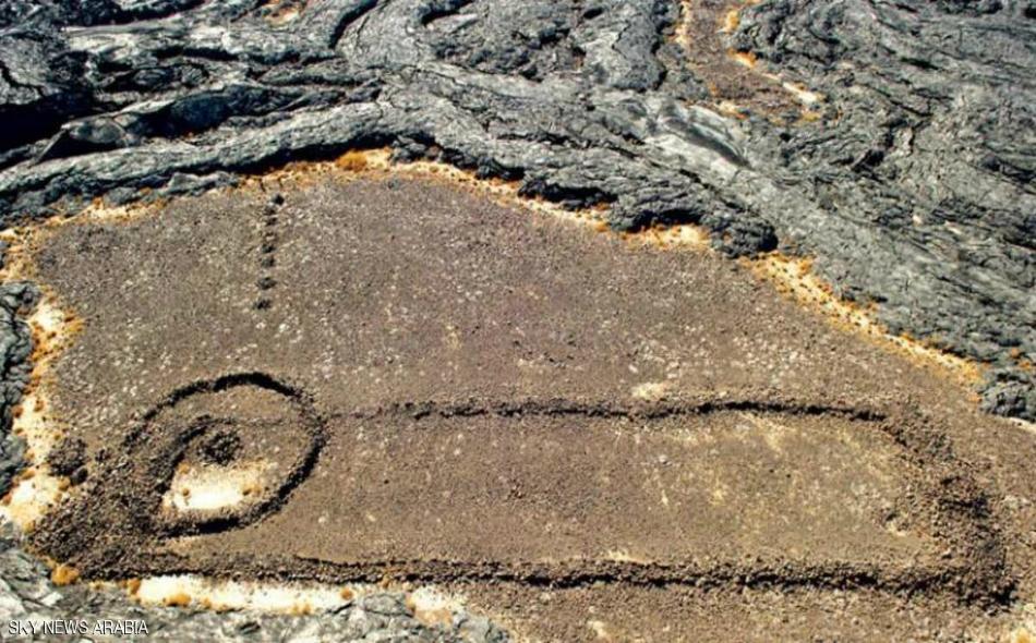 اعتبر عالم الآثار علي الغبان أن وصف هذه المنشآت الحجرية بالهياكل هو وصف غير دقيق.
