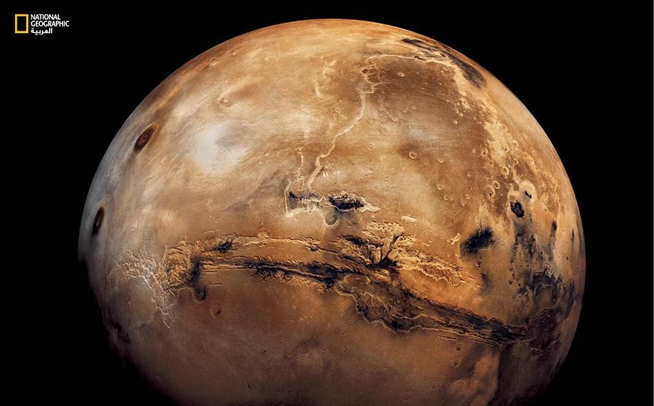 تُظهر النتائج الحديثة أن الجليد قد يكون متاحا بشكل أكبر مما كان متصورا للاستخدام كمصدر للمياه، لدعم بعثات استكشاف بالروبوت أو بعثات استكشافية بشرية في المستقبل أو ربما إقامة قاعدة دائمة على سطح المريخ.