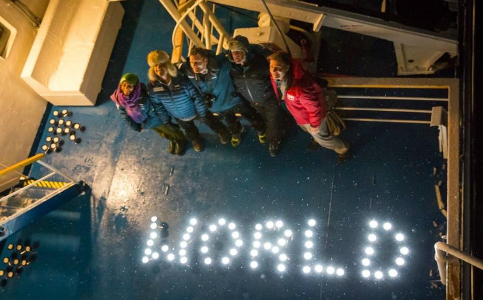 عمل فريق زايد جنباً إلى جنب مع فرق من أكثر من 20 دولة للتعرف بشكل مباشر على تأثير ظاهرة الاحتباس الحراري العالمي على هذه القارة القطبية.