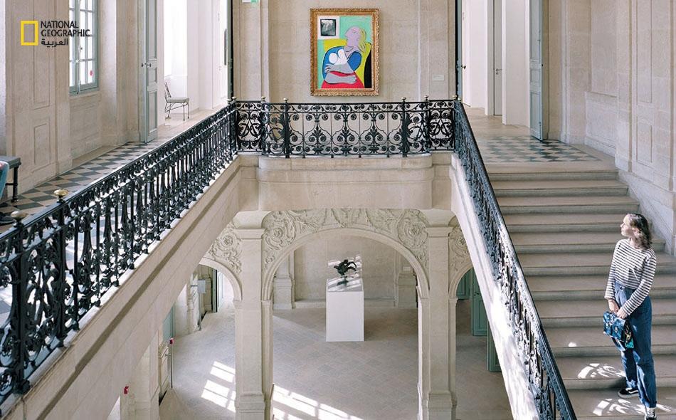 """العمل الجاد يغذي النبوغ. كان بيكاسو أحد أغزر الفنانين إنتاجا في التاريخ. يحتضن """"متحف بيكاسو باريس"""" الأنيق في """"حي ماري"""" بهذه المدينة، أكبر مجموعة في العالم لأعمال بيكاسو."""
