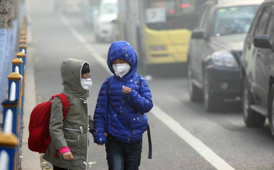 لخص تقرير منظمة الصحة العالمية أحدث معلومات بشأن تأثير تلوث الهواء، والذي يؤثر على نحو 93 بالمئة من الأطفال على مستوى العالم. الصورة: ChinaFotoPress