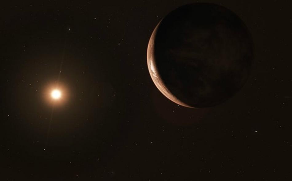 سبق اكتشاف ما يقرب من 4000 كوكب خارج المجموعة الشمسية، وهذا الكوكب المتجمد هو ثاني أقرب كوكب من مجموعتنا الشمسية يتم اكتشافه؛ ومن المعتقد أنه من نوع الأرض العملاقة. الصورة: ESO/M. Kornmesser
