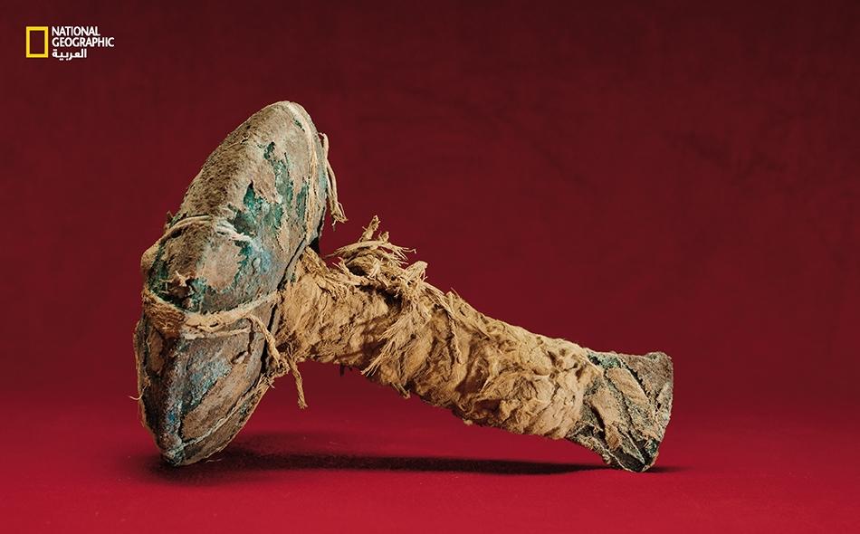 """لدى """"بامبا لا كروس""""، وهي أول سكّين تُكتشف من هذا النوع، إذ تضم خشخاشاً كان يُحدث صوتاً أثناء جرّ الشفرة على صدر الضحية."""