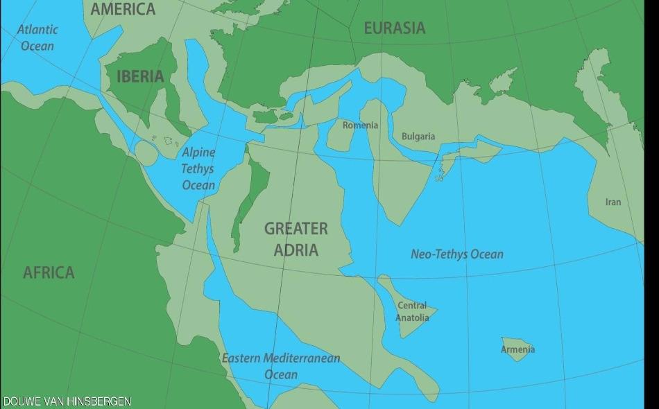 """جرى إطلاق اسم """"أدريا العظمى"""" على القارة الجديدة، وهي بمساحة تعادل جزيرة غرينلاند. وأورد العلماء أن هذه القارة المتوارية عن الأنظار، كانت جزءا من شمال إفريقيا، ثم انفصلت عن المنطقة وغرقت تحت مياه الجنوب الأوروبي، قبل نحو 140 مليون سنة."""