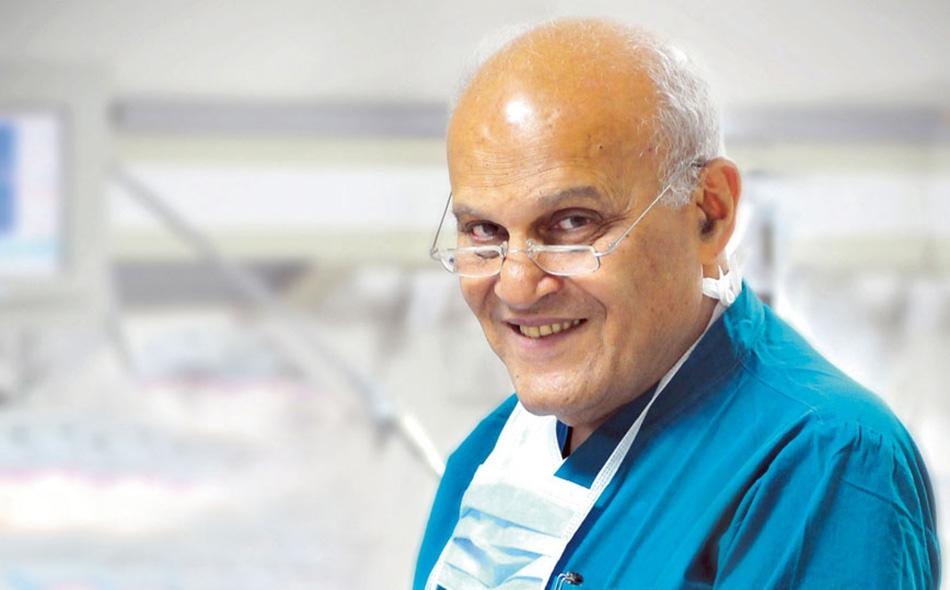مجدي يعقوب: الطب ما هو إلا مهنة نبيلة لخدمة المجتمع والعلم، ولا بد للشباب العربي في جميع كليات الطب أن يعلم أن الطب ليس تجارة. الصورة: Enigma-mag