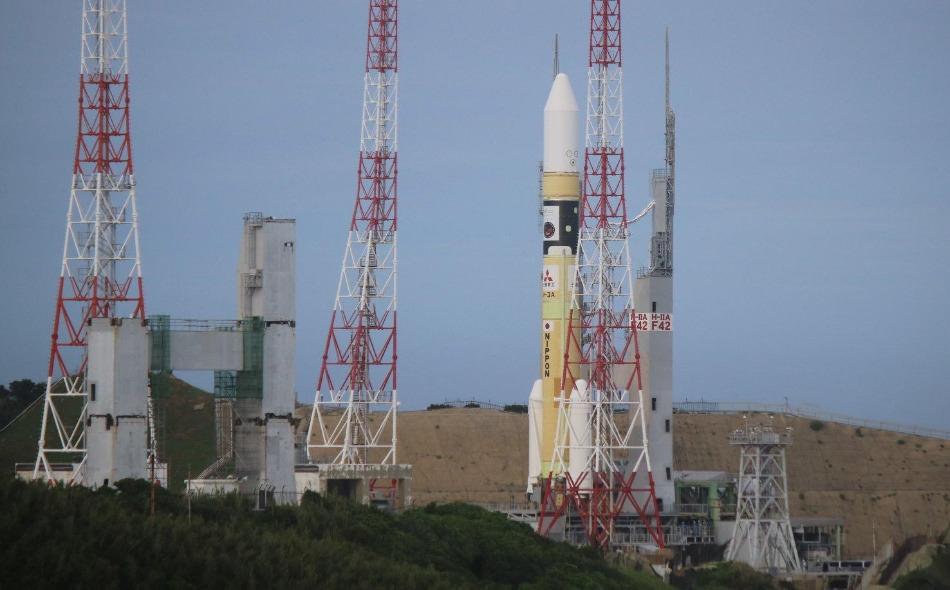 """كانت عملية إطلاق """"مسبار الأمل"""" قد شهدت تأجيلًا لأسباب متعلقة بسوء الأحوال الجوية في جزيرة """"تانيغاشيما"""" اليابانية، بعد أن كان مقررًا إطلاقه يوم 15 من الشهر الجاري، وهو اليوم الأول ضمن """"نافذة الإطلاق"""" الخاصة بهذه المهمة الفضائية التاريخية، والتي تمتد من..."""